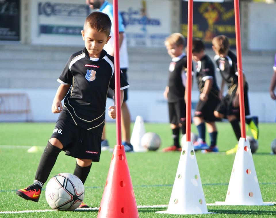 ejercicios de fútbol para niños