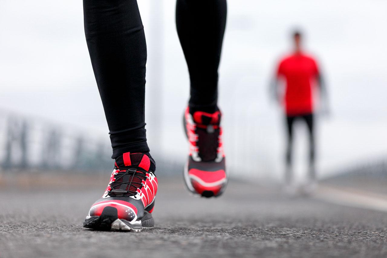 elegir zapatillas de running por peso